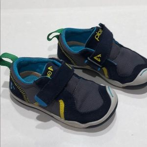 PLAE navy velcro sneakers Size 7 toddler